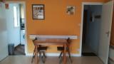 table et 2 portes